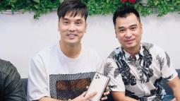 Ca sỹ Ưng Hoàng Phúc bỏ 99 triệu mua iPhone 11 Pro Max nhưng... chỉ được ngắm chứ chưa được dùng