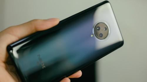 """Trên tay Vivo NEX 3: Màn hình """"thác nước"""" tỷ lệ 99.6%, camera """"thò thụt"""", không phím vật lý, giá 21 triệu"""