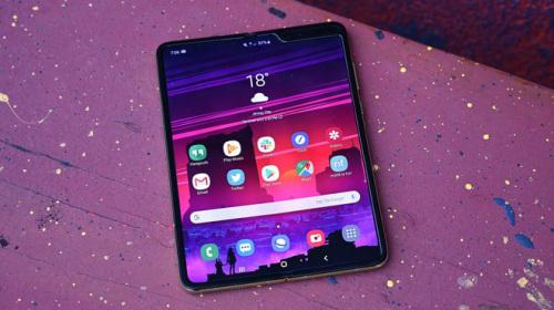 Sửa màn hình Galaxy Fold tốn 599 USD