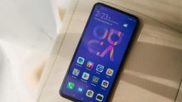 Đánh giá chi tiết Huawei Nova 5T: Thiết kế trẻ, cấu hình cao, đáng mua không?