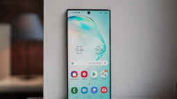 Ra mắt Galaxy Note 10 Lite giá rẻ: Con dao hai lưỡi có thể giúp Samsung giết chết đối thủ, nhưng cũng có thể tự hại chính mình