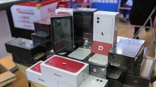 iPhone 11, 11 Pro, 11 Pro Max VN/A giảm đến 3 triệu đồng tại Di Động Việt trong 3 ngày mở bán