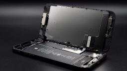 Apple muốn sản xuất iPhone mới hoàn toàn từ vật liệu tái chế