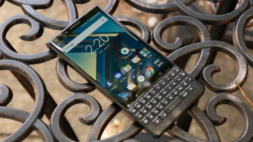 Điện thoại BlackBerry 5G với bàn phím QWERTY sẽ ra mắt vào năm 2021
