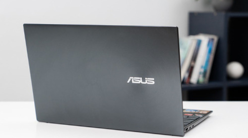 FPT Shop mở bán ASUS ZenBook (UM425), laptop CPU AMD 14inch mỏng nhất thế giới