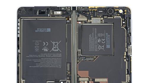 Surface Duo chỉ có hai bộ phận dễ sửa chữa: màn hình và mặt lưng