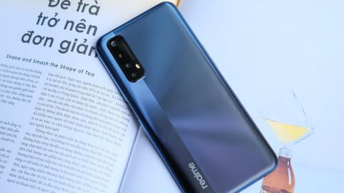 Cận cảnh Realme 7: Smartphone đầu tiên trên thế giới chạy Helio G95, trang bị 4 camera cảm biến Sony, màn 90Hz, sạc nhanh 30W, sẽ có giá chính thức tại Việt Nam vào ngày 21/9
