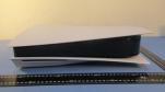 Lộ ảnh thực tế PlayStation 5, một chiếc console có kích thước khổng lồ