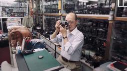 David Chan: Người đàn ông dành 60 năm cuộc đời để lưu giữ máy ảnh cổ