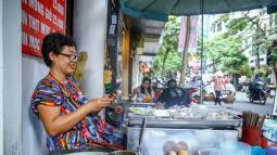 """Viettel bắt tay VinSmart """"phổ cập"""" smartphone toàn dân với giá chỉ 600 ngàn đồng"""