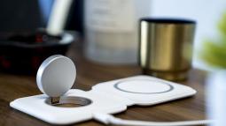 Sạc không dây MagSafe Duo của Apple sạc yếu hơn MagSafe thông thường