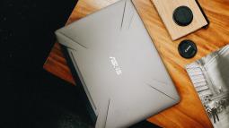 FPT Shop giảm đến 2,4 triệu đồng cho hàng loạt laptop gaming, tặng combo phụ kiện làm việc tại nhà